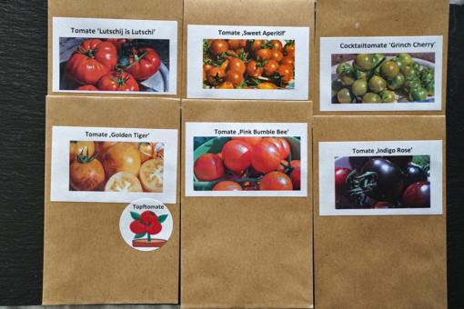 Machen Sie jemanden eine Freude und verschenken Sie schmackhafte und selten Tomatensorten zum selber anbauen.